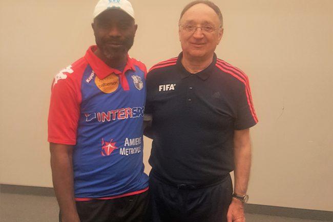 coach etienne bebi siguile - soccer montréal Coach Etienne Bebi Siguile – Soccer Montréal coach etienne academie de soccer dhp 5 650x433